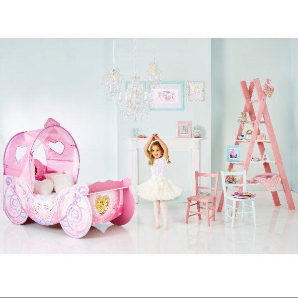 prinsesse vognen barneseng