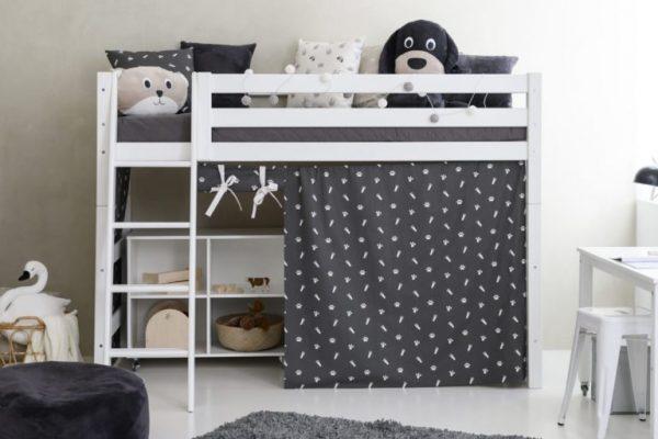 mellomhøy seng fra det danske kvalitetsmerket HoppeKids
